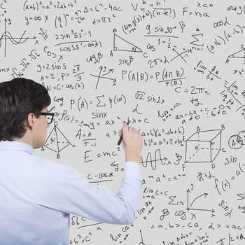chercheur en mathématiques pures ou appliquées