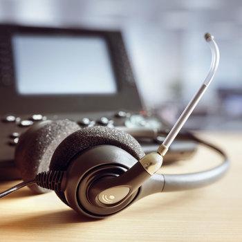 Installateur de matériel de télécommunication