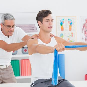médecin spécialiste en médecine physique et réadaptation