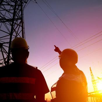 Monteur de lignes de distribution d'électricité