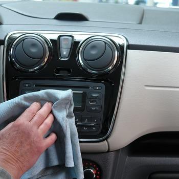 Nettoyeur de véhicules motorisés