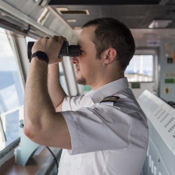 officier de pont - capitaine de navire