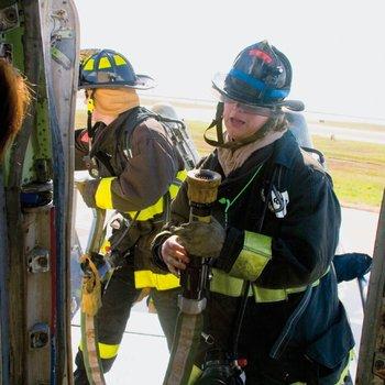 pompier d'aéroport