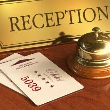 réceptionniste hôtel